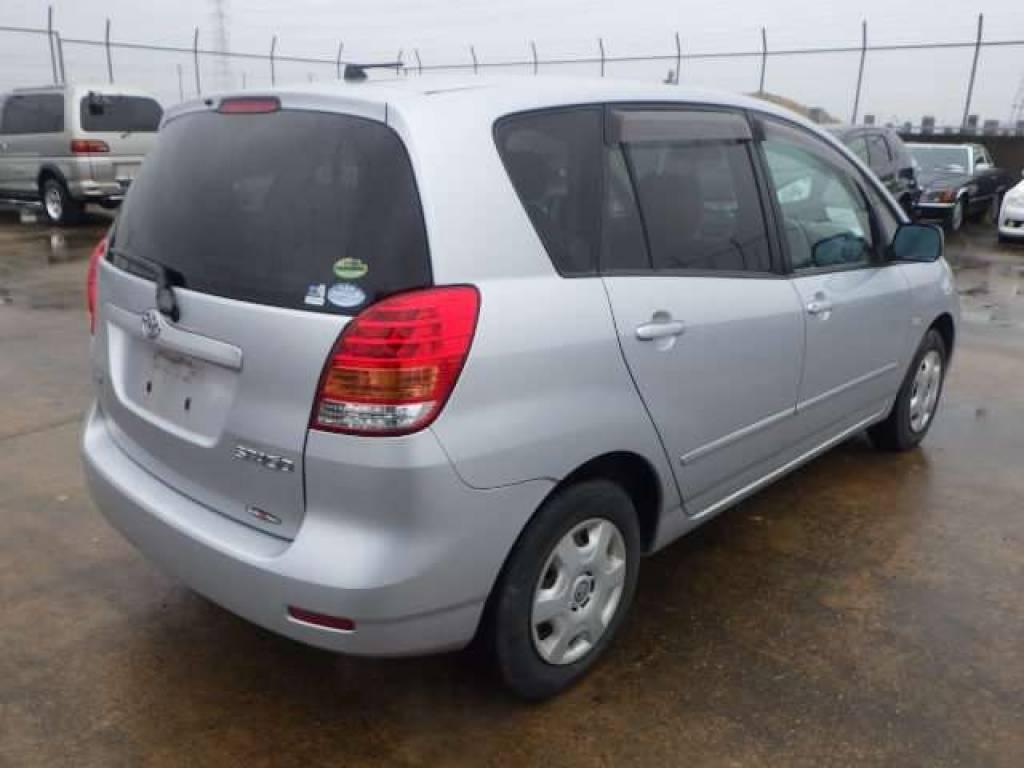 Used 2004 AT Toyota Corolla Spacio NZE121N Image[2]