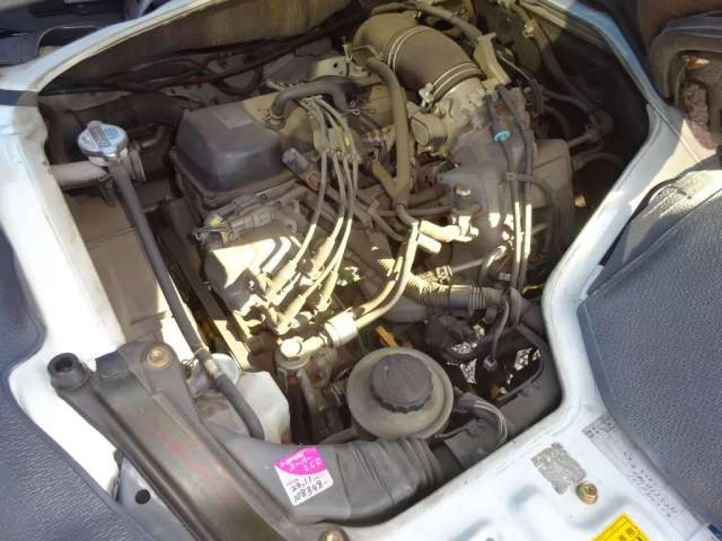 Used 2001 AT Toyota Hiace Van RZH112V Image[8]