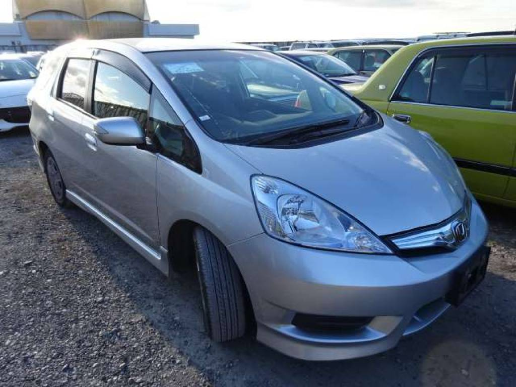 Used 2011 AT Honda Fit Shuttle GP2