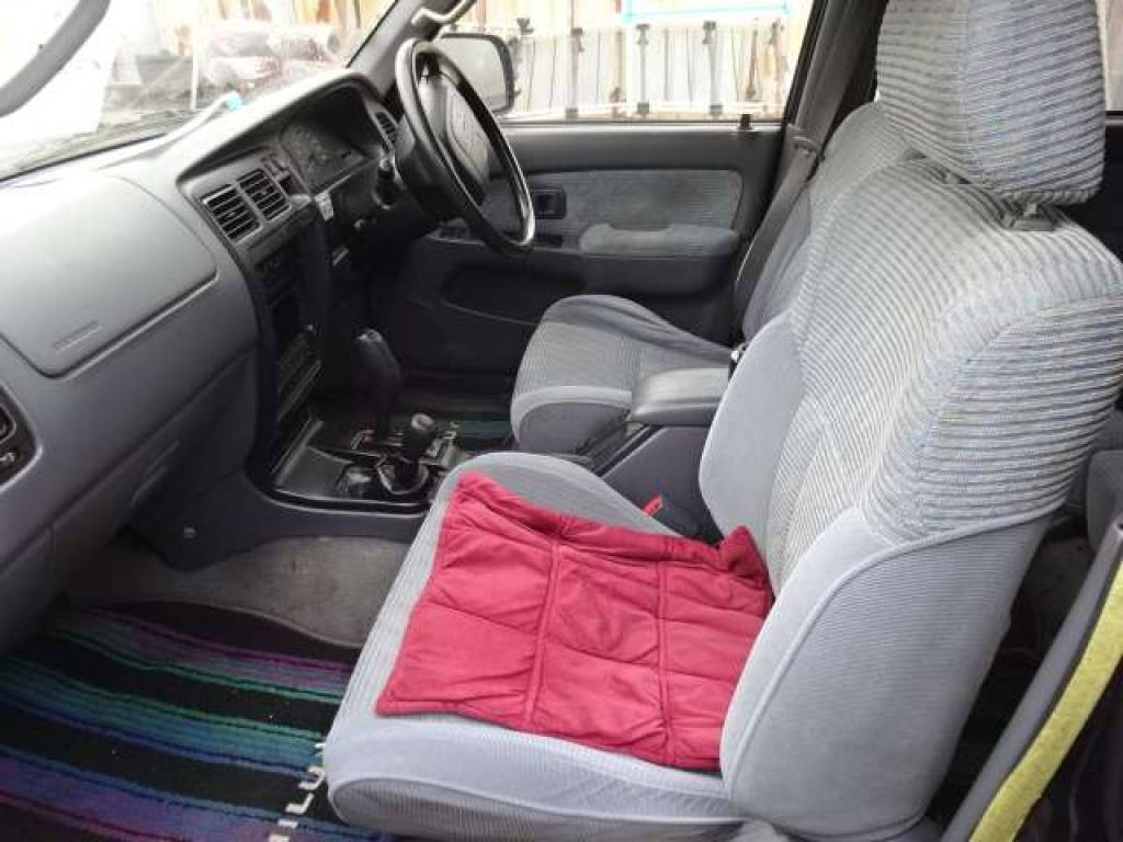 Used 1996 AT Toyota Hilux Surf RZN185 Image[13]