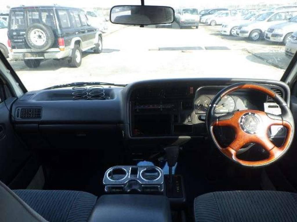 Used 1997 AT Toyota Hiace Van RZH112V Image[11]