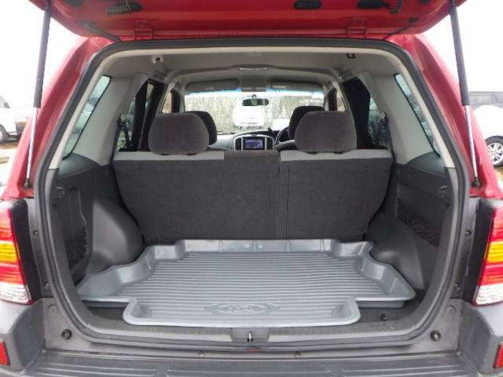 Used 2004 AT Ford Escape EP3WF Image[5]