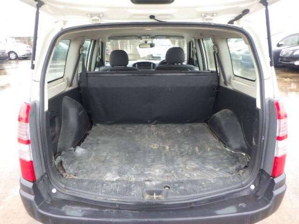 Used 2010 AT Toyota Succeed Van NCP51V Image[6]