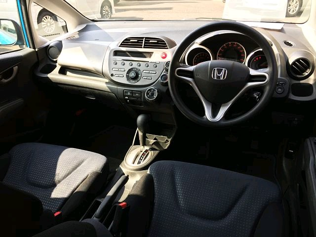 Used 2008 AT Honda Fit DBA-GE6 Image[1]