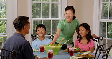 GuidanceResources: Benefits of Family Meals
