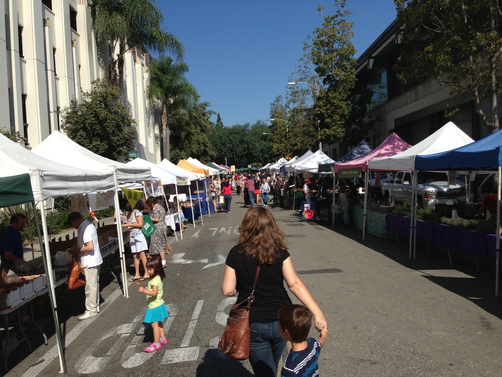 Beverly Hills Farmers Market