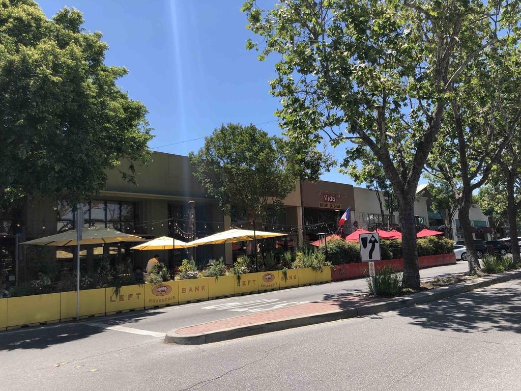 Santa Cruz Ave & Doyle St, Menlo Park, CA 94025, USA