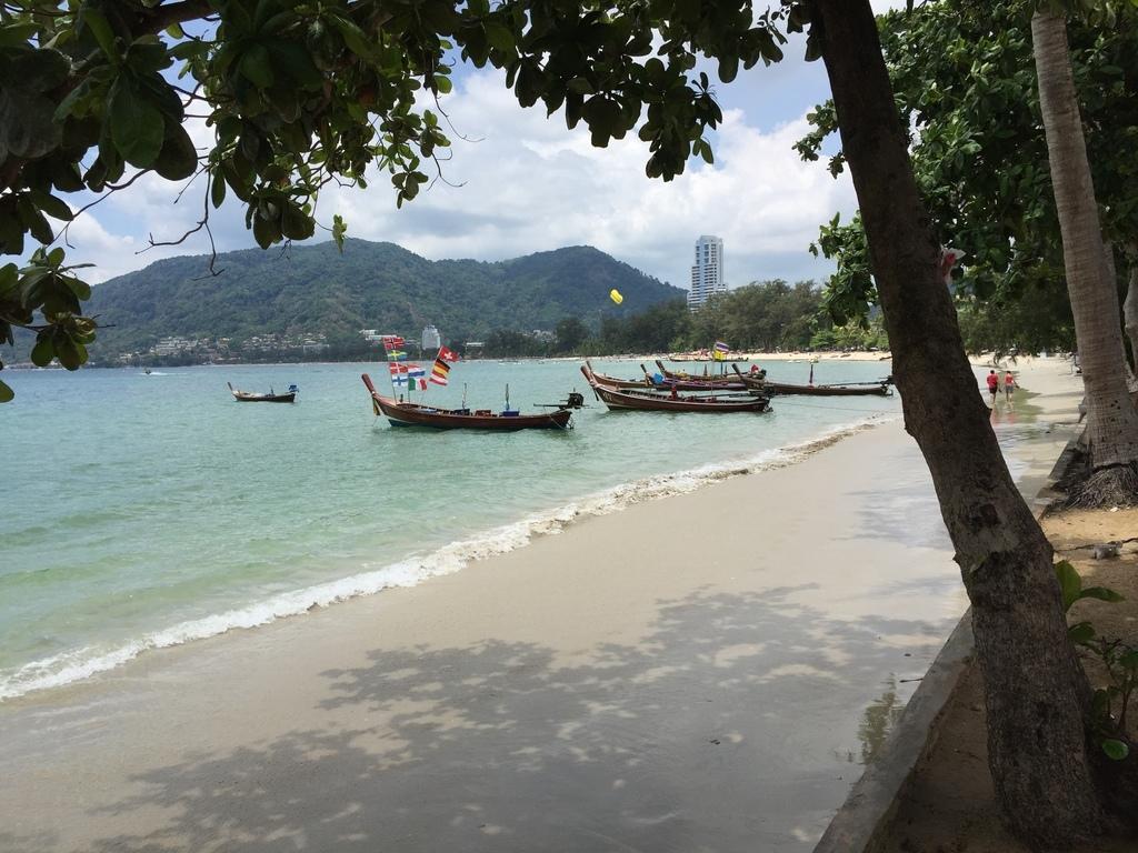 Seaview Pathong Resort