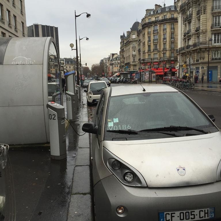 75012 Paris, France
