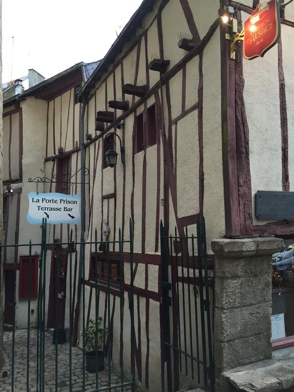 Porte Prison