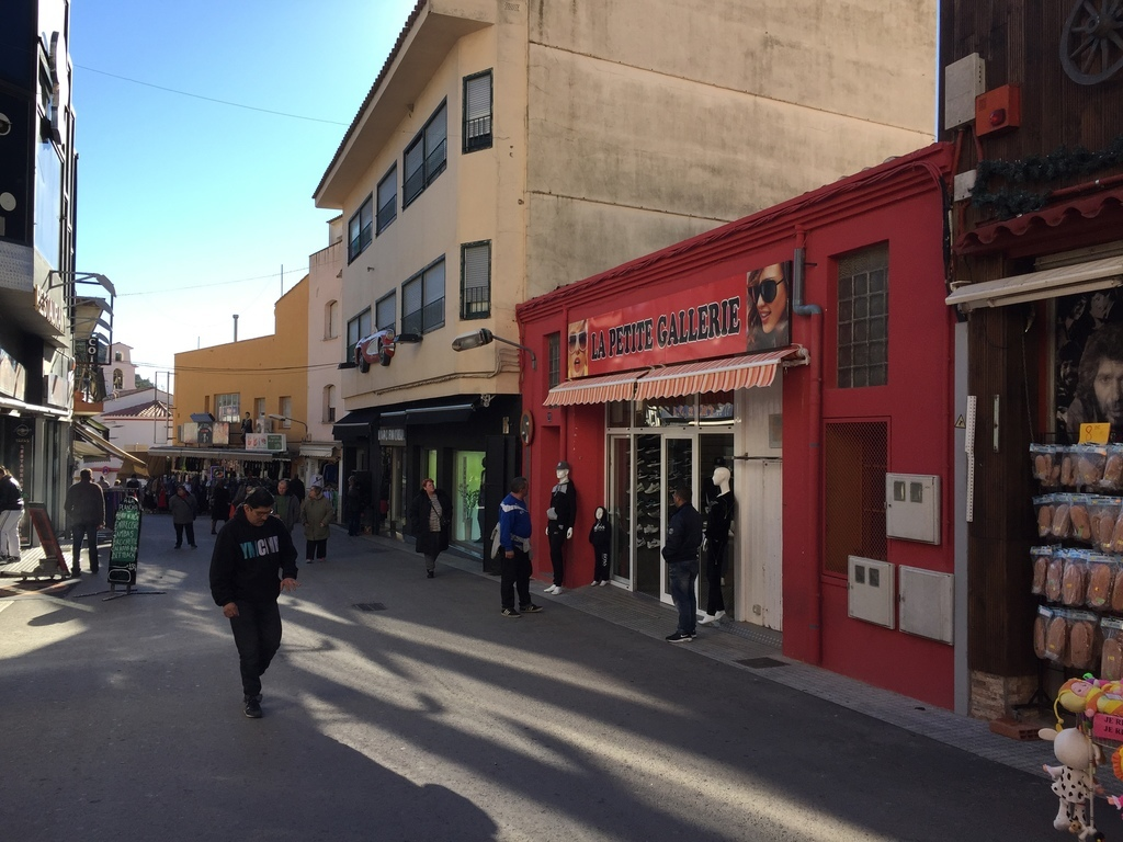 17709 La Jonquera, Girona, Spain