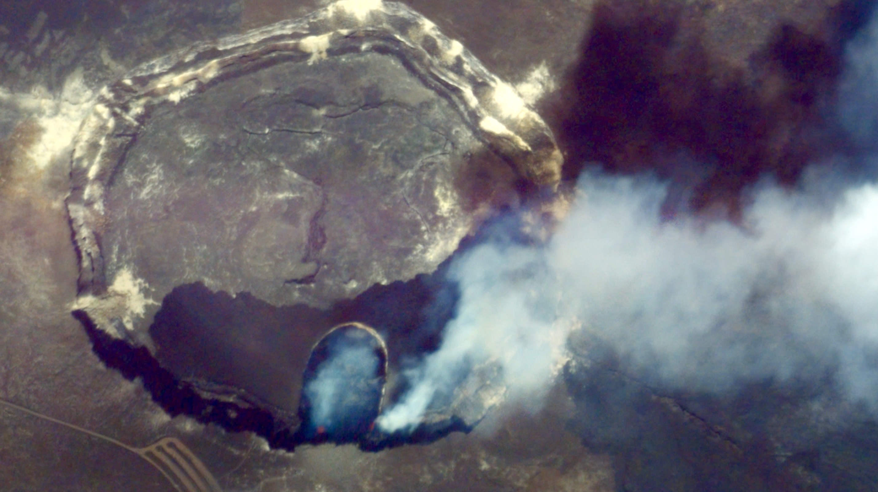 Watch a Volcanic Eruption, from Space: Kilauea Volcano, Hawaii