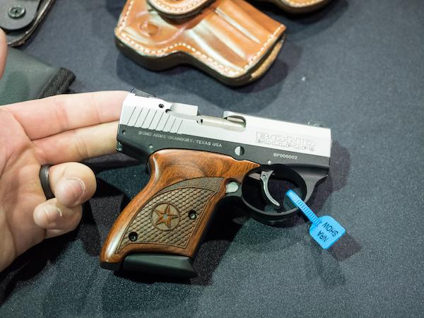 Bond Arms BullPup9 001
