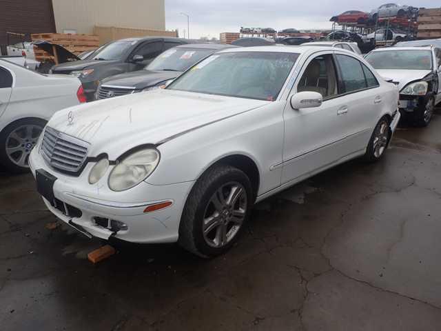 Mercedes-Benz E500 2005 - 6081BR