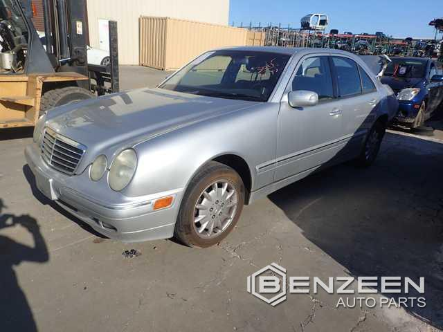 Mercedes-Benz E320 2001 - 6101OR