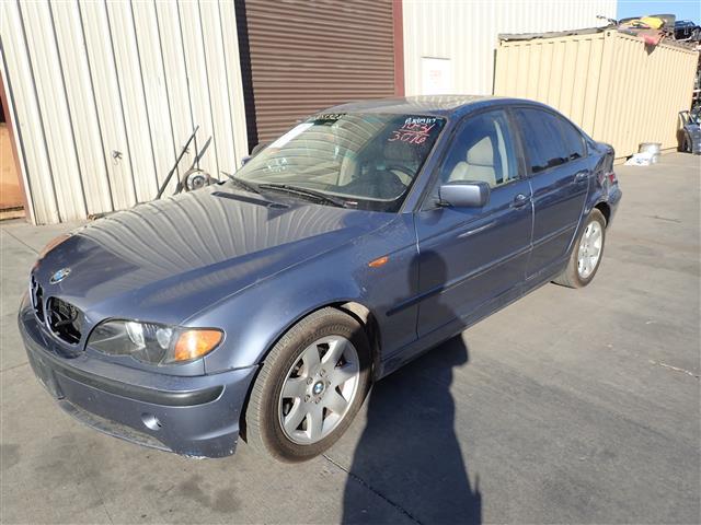 BMW 325i 2003 - 7495YL