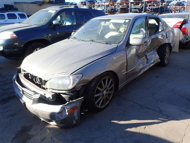 Lexus IS 300 2004   7600BR