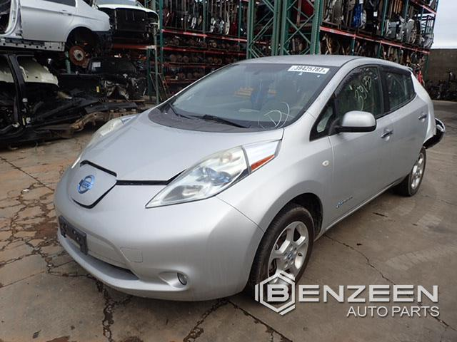 Nissan LEAF 2011 - 8013GY