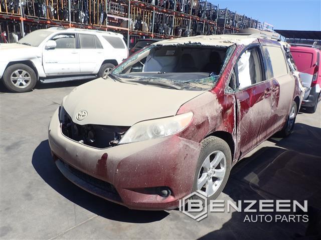 Toyota Sienna 2017 - 8385OR