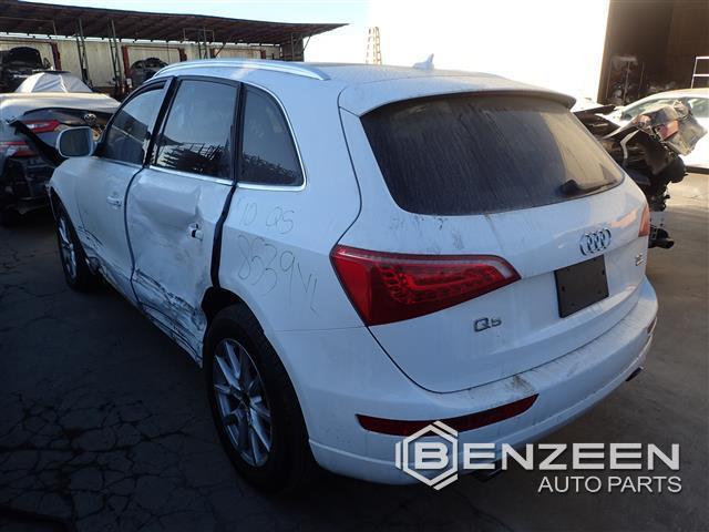 Audi Q5 2010 - 8539YL