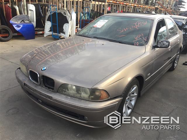 BMW 525i 2002 - 8613BK