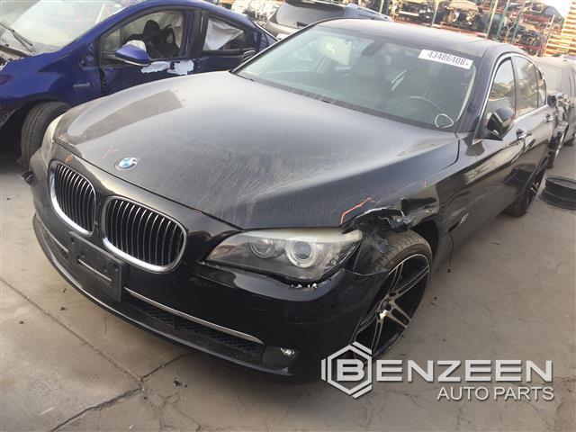 BMW 750iL 2010 - 8647YL