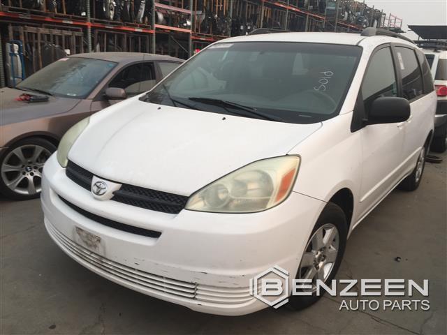 Toyota SIENNA 2004 - 8648PR