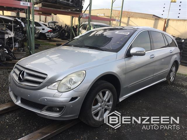 Mercedes-Benz R500 2006 - 9001BL