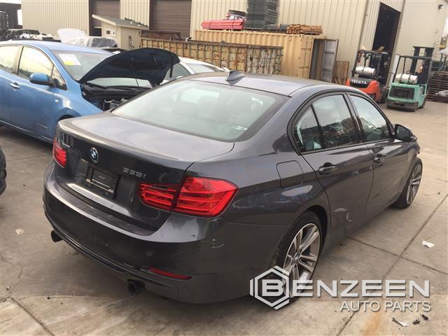 BMW 335i 2013 - 9033YL