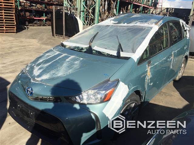 Toyota Prius V 2015 - 9075BR