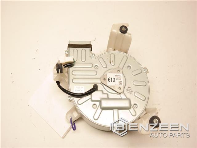Genuine Toyota Blower Motor G9230-33010