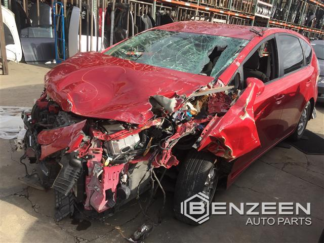 Toyota Prius V 2012 - 9126RD