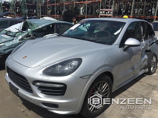 Porsche CAYENNE 2013 - 9315RD