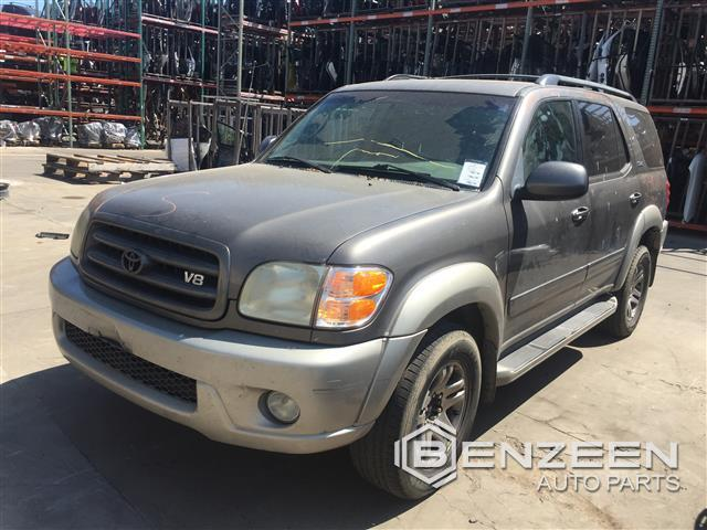 Toyota SEQUOIA 2004 - 9389GY