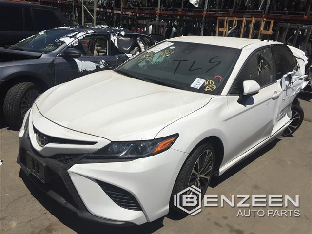 Toyota Camry 2018 - 9447YL