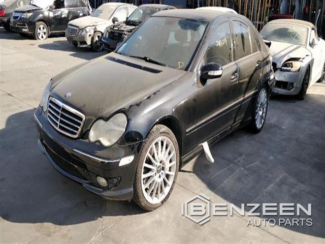 Mercedes-Benz C32 2002 - 9699YL