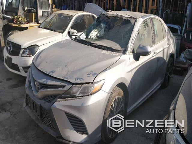 Toyota Camry 2018 - 9723BR