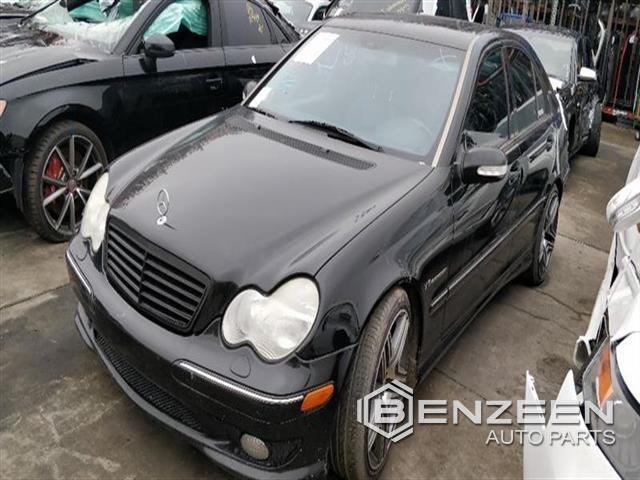 Mercedes-Benz C32 2002 - 9800BK
