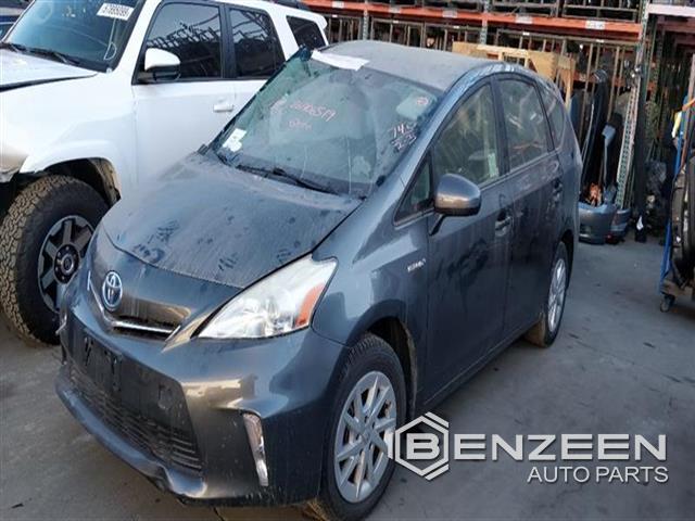 Toyota Prius V 2012 - 00074W