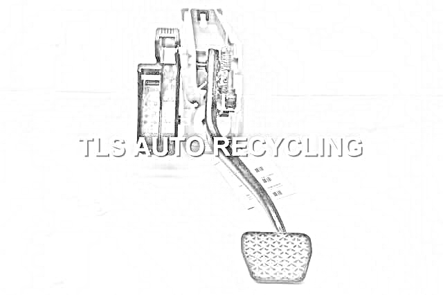 2010 Lexus LS 460 Brake-Clutch Pedal Prts. PEDAL ASSEMBLY