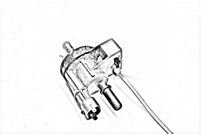 2007 Mercedes S550 Vacuum switch valve. SUSPENSION VALVE BLOCK, 2513200058