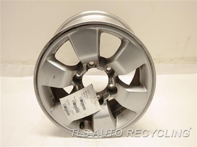 2004 Toyota 4 Runner Wheel HAS CURB RASH, W/O CENTER CAP 17X-1/2 ALLOY 5 SPOKE WHEEL