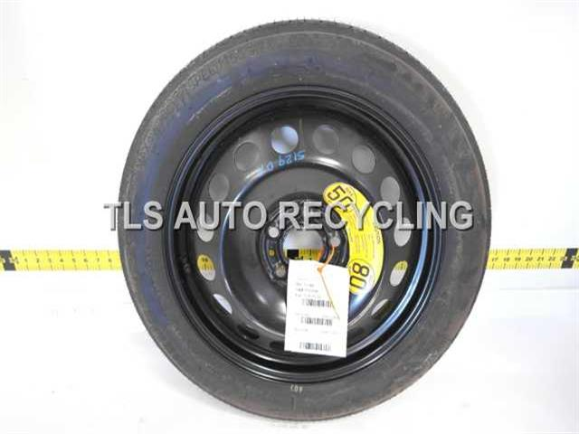 2000 Volvo S80 Wheel SCRATCH ON FACE COVER 17X4 COMPACT SPARE WHEEL
