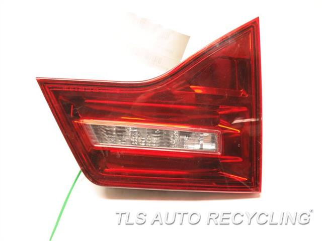 2011 Acura Mdx Tail Lamp 33551STXA11 DRIVER LID MOUNT TAIL LAMP