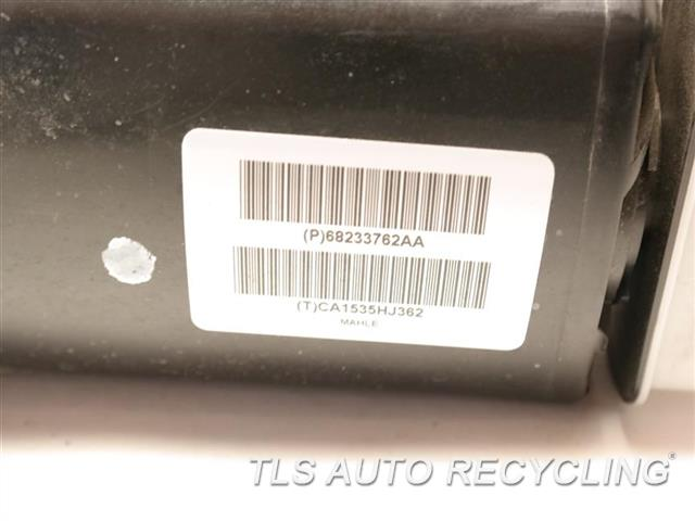2015 Alfa Romeo 4c Coupe Fuel Vapor Canister  VAPOR CANISTER 68233762AA