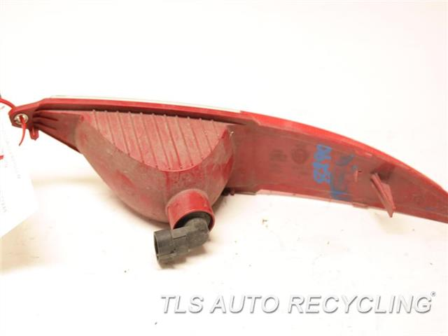 2015 Alfa Romeo 4c Coupe Tail Lamp 68239980AA   PASSENGER REAR BUMPER MOUNT LAMP