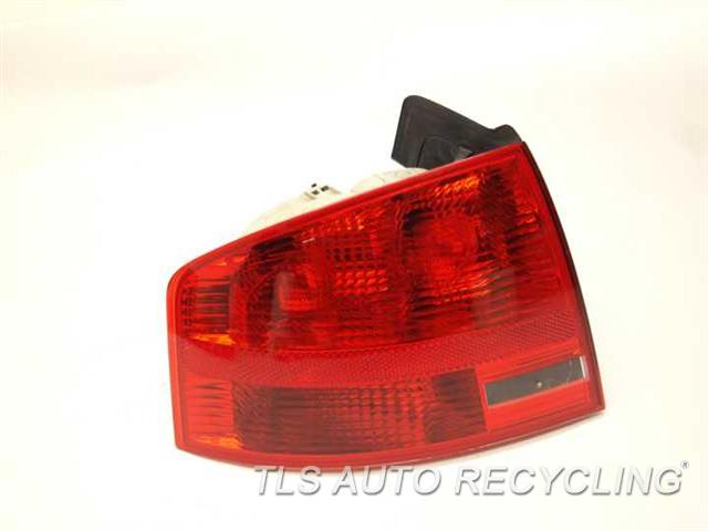 2008 Audi A4 Audi Tail Lamp  DRIVER QUARTER TAIL LAMP 8E5945095A