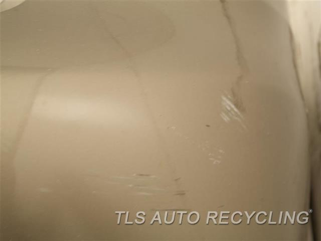 2009 Audi A4 Audi Bumper Cover Rear   HAS DENT, SCRATCHES ON THE PASSENGER SIDE 3S2,GOLD, REAR BUMPER