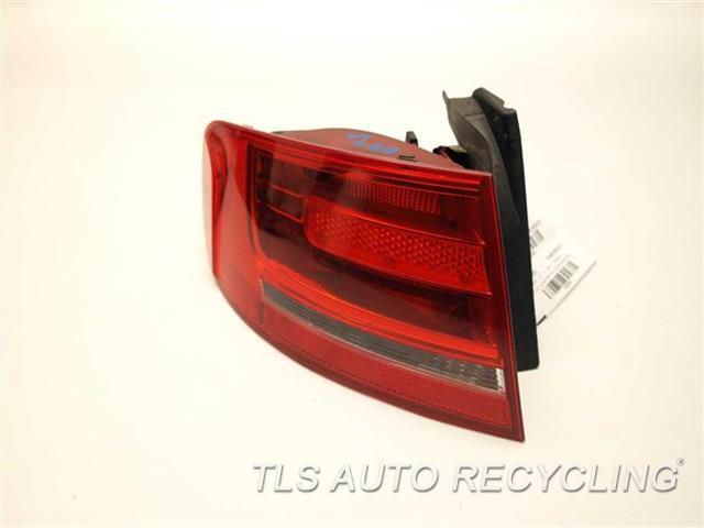 2010 Audi A4 Audi Tail Lamp  DRIVER QUARTER TAIL LAMP 8K5945095E