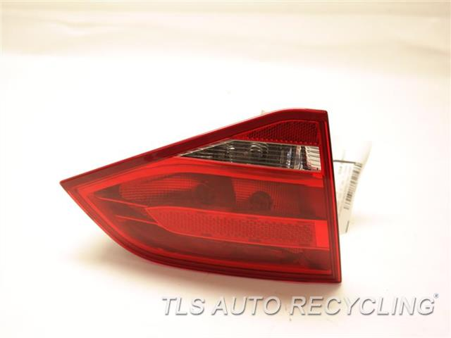 2010 Audi A4 Audi Tail Lamp 8K5945093E DRIVER LID MOUNTED TAIL LAMP
